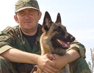 Дмитрий Кузнецов инструктор по дрессировке собак